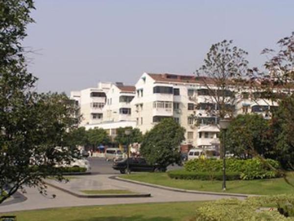 出租电子新村2室1厅1卫60平米1300元/月住宅