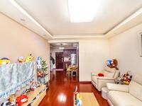绿都万和城 3区,精装2房 87平 148.6万,满5 唯 一 ,看房方便,价格
