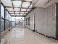 滨江明珠城精装顶复,大开间阳光房,采光好拎包入住,随时看房房东急售价格可以谈满二