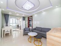 绿地世纪城 两室两厅 好楼层 全天采光 前排采光无遮挡 诚售看房方便