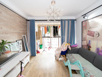 西阆苑两房婚房装修,急售,家具和家电全部留下,白菜价
