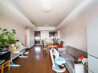 紫荆公园旁龙洲伊都精装三朝南大三房 超大阳台 户型正气 全天采光