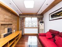 怀德苑6楼复式房,楼下产证90多,楼上送的比较多,有阳光房,有钥匙欢迎看房