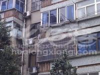 清凉东村4楼两朝南房间南北都有阳台通透户型66.7平69万满2年