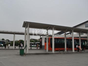 淹城公交中心站