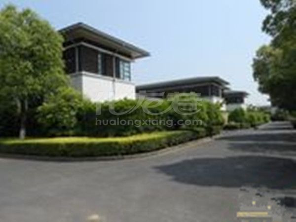 西太湖天安别墅旁、湖畔春秋占地700平独栋精装别墅中央空调地暖、急售