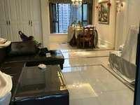 世茂香槟湖135平米中间楼层豪华精装修3室2厅2卫南北通透220万有钥匙