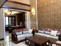 世茂香槟湖三期豪装别墅,前后花园,挑高客厅。中央空调全屋地暖