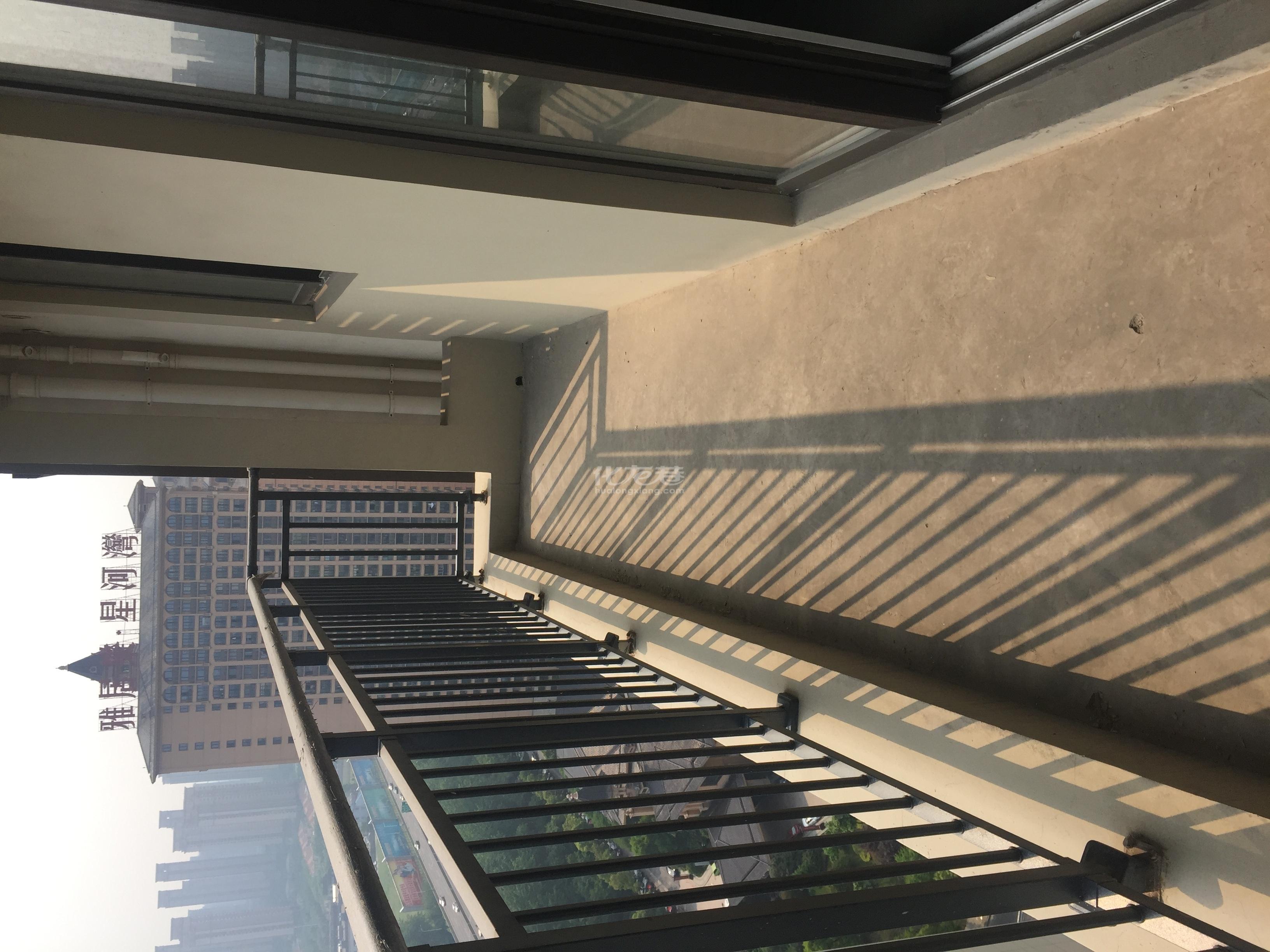 市政府旁,常发豪庭,大平层纯毛坯,4房3卫,小区绿化率高诚售