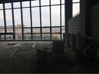 市政府旁高端写字楼,朝南全景落地窗,挑高6米4
