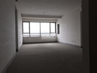 10月新推,京城豪苑1栋,纯毛坯三房双卫,满2年,540万有钥匙