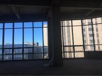 新北市中心写字楼600平770万落地窗,层高6米4
