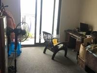 蓝天新苑两室两厅一卫 简单装修 中间楼层 地段好价格美丽 随时看房 看中可小刀