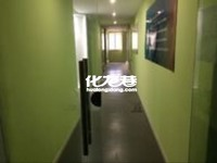出租中南大厦350平米8000元/月商铺
