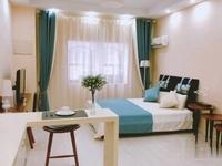 燕兴小区常贸旁保纳商业广场小面积公寓均价8000距1两百米