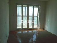 滨江明珠城简装四房,两房朝南客厅敞亮,采光好,满2,诚售