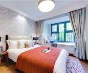 洋房142平卧室
