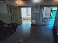 北广场对面北环新村 准拆迁房 精装3房 4楼有阁有钥匙。随时看房