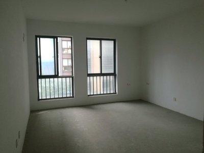 湖塘莱蒙城,满两年,纯毛坯,3室2厅2卫 143平米