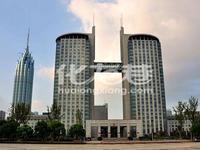 市政府旁府翰苑130平米二间打通已装修4万元一年太湖路旁随时看房