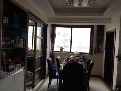 桂花园3房2厅婚房精装,采光好,南北通透,品牌家电家具,教科院附中,随时看房.