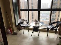 天隽峰旁临近新天地公园新城帝景小区精装三房家具家电齐全