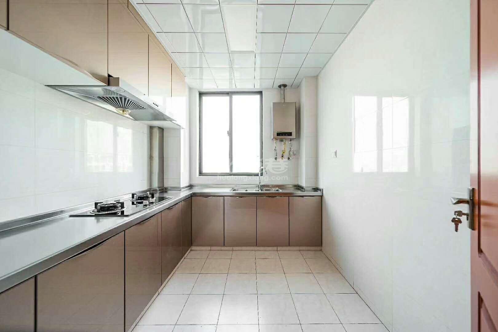 新城府翰苑125平精装3室2厅2卫中上楼层243万市政府旁品牌小区你懂的!