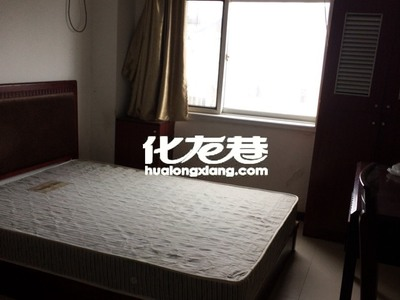 出租怡康花园3室2厅1卫190平米600元/月住宅