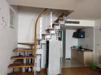 亚泰财富中心精装挑高公寓,家电齐全。楼下地铁口。靠常州大学