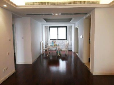 白金汉宫183平米精装修289万南北通透楼层高采光好