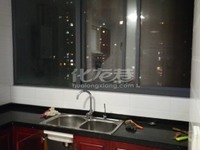 出租世茂香槟湖3室2厅2卫135平米5000元/月住宅