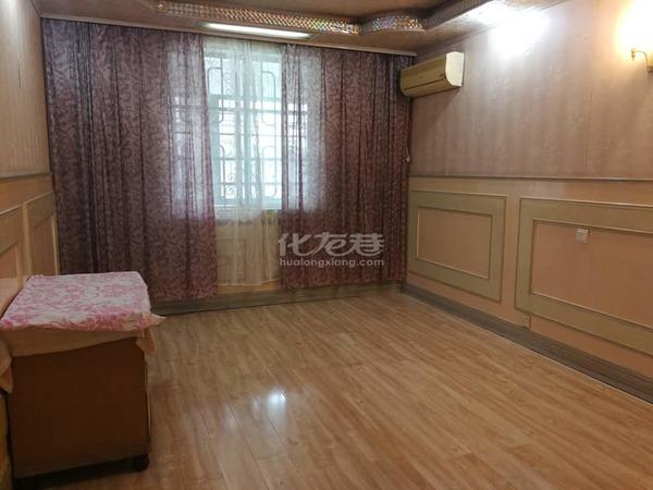 人民路花东三村精装2房中间楼层 朝南双阳台带车库,满两年