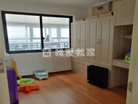 中海龙城公馆三室两卫 精装小三房 价格真实 随时看房 急售可小刀