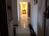 武进花园街天隽峰 5室2厅2卫 166平米