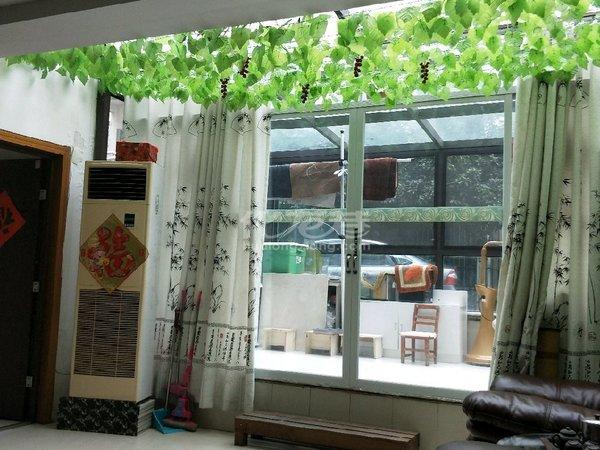 222万出售金谷花园叠加别墅 满二年 南北通透 采光好 一楼二楼有院子有阳光房