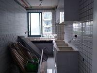 清潭南苑白荡河景观房4楼通透边户三房全新装修未入住有钥匙