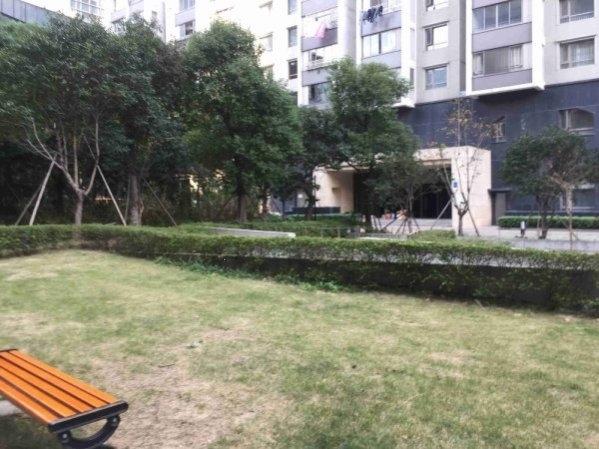 京城豪苑 中央空调地暖 带150平大露台 局小实验 配套齐全