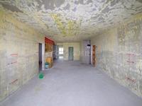 御翠园毛坯装修375万 解小學区空置 价格好谈的