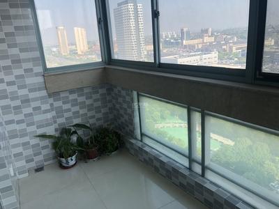 御城精装超大三房155平220万满二两梯两户三开间朝南双阳台带地暖实验小学