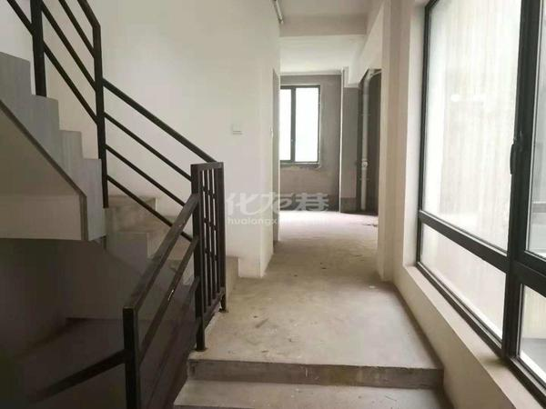 香树湾和园联排别墅1--3层5室3厅带前院和中庭花园13961177292