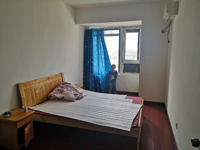九龙仓繁华里 3室2厅1卫