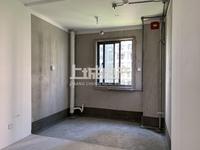 弘阳广场 毛坯小三房 单价1.4万 有钥匙可随时看房
