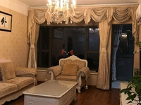 世茂香槟湖新出 126平米豪装三房出售 满5年唯 一住房