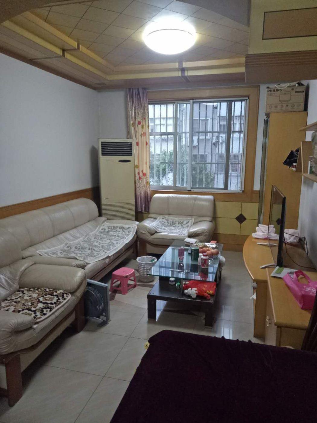 永宁欧尚对面,永宁花园2楼带车库,大两房采光好