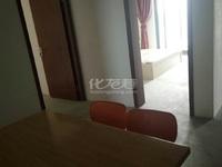 诚意出售 蓝天新苑经典两房 楼层采光较好 基本设施齐全