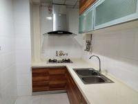 地铁火车站附近龙锦精装修2房2厅采光好拎包入住