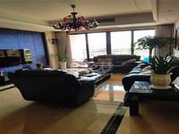 雅居乐星河湾全新装修 满两年品牌家具电器全留 诚心出售看房随时