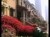 出售常发豪郡别墅6室3厅,小区环境优雅,户型方正,采光通风好,价格便宜