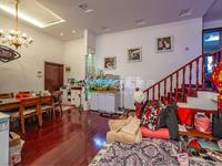 翡翠湾 复式 精装修 房东诚心出售 三室两厅 超高挑高 看房方便 诚心出售