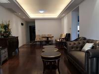 吾悦广场商圈 绿地白金汉宫 精装舒适大两房 满两年 配套齐全